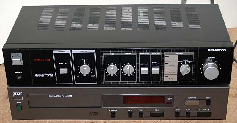 NAD 5320